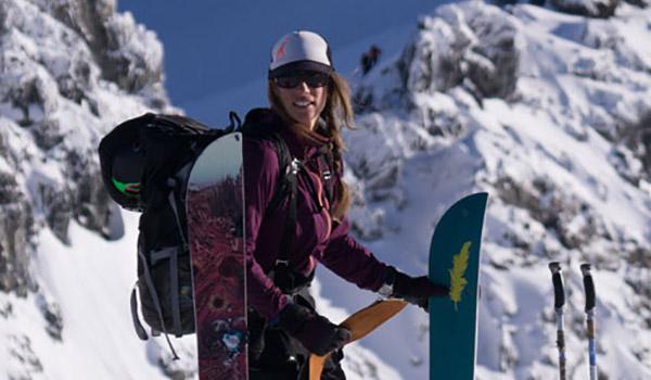 christine-felicki-corvus-snowboarding-womens-splitboard